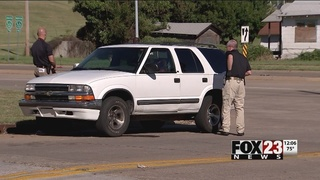 2 in custody, 1 on the loose after midtown Tulsa bank robbery