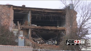 Tahlequah building at risk of total collapse despite residents