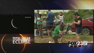 Couple gets engaged during total solar eclipse in Missouri