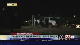 Police surround east Tulsa apartment after chase