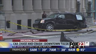 Chase ends in downtown Tulsa crash