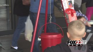 Salvation Army introduces credit card machines at red kettles