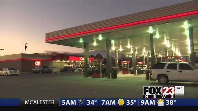 Armed security guards at Tulsa QuikTrips | FOX23