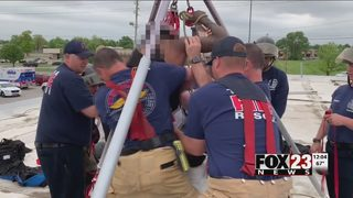 Tulsa firefighters save suspected burglar trapped in chimney