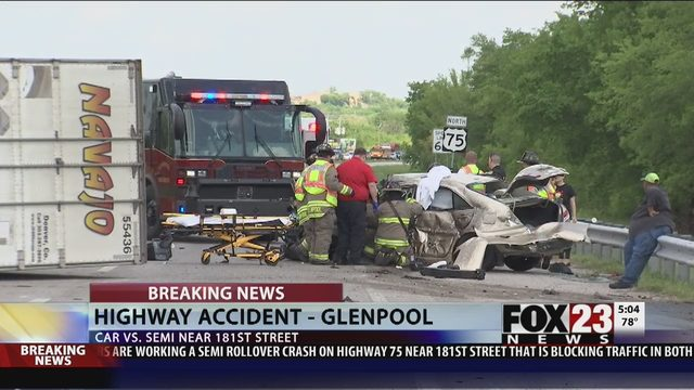 CRASH: Semi-truck crash on Highway 75 in Glenpool | FOX23