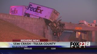 One person dead after semi-truck crash on Turner Turnpike